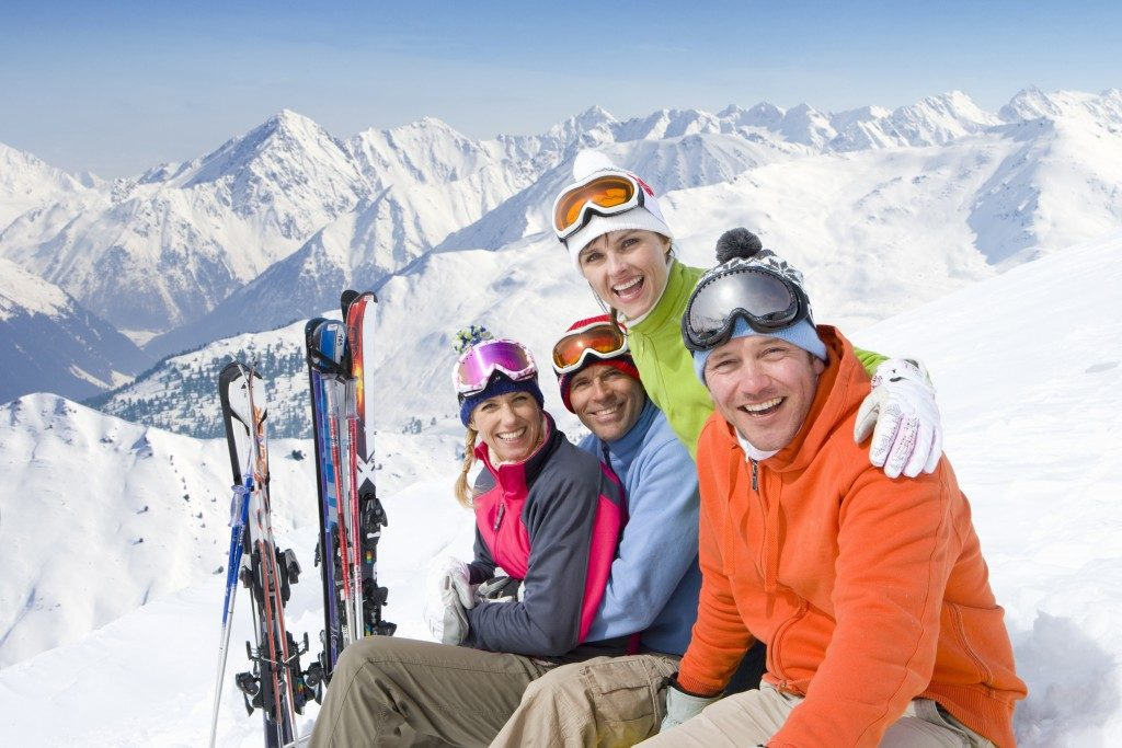 Group of skiers smiling